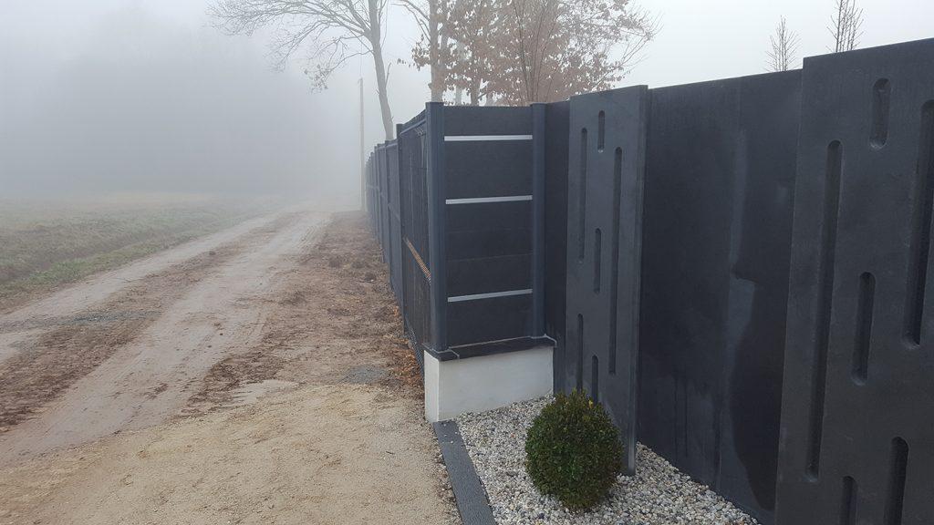 Totem clôture ardoise anodisé . Guer, Ploërmel, Redon, Plélan-Le-Grand, Maure de Bretagne
